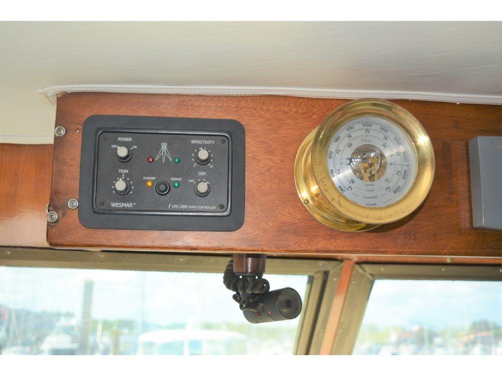 Hatteras 58 Motor Yacht - Wesmar Stabilizer Controls