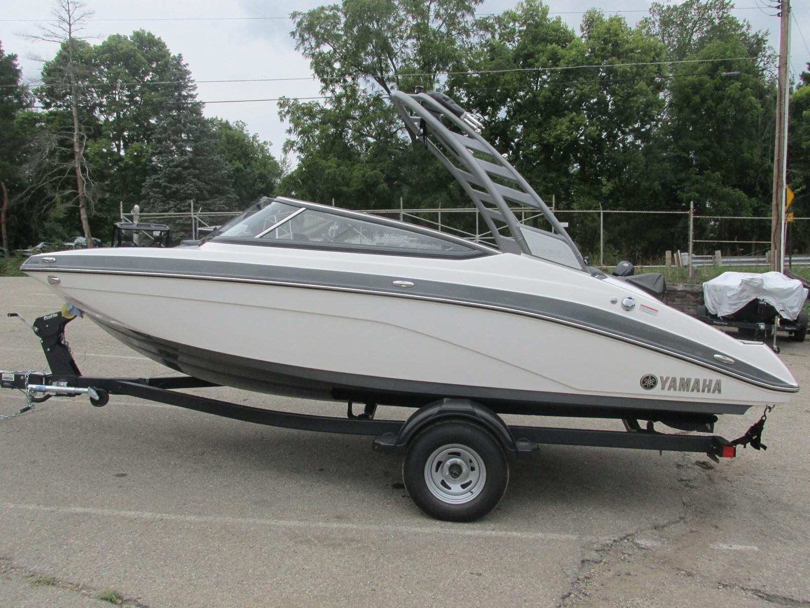 Yamaha Boats195S