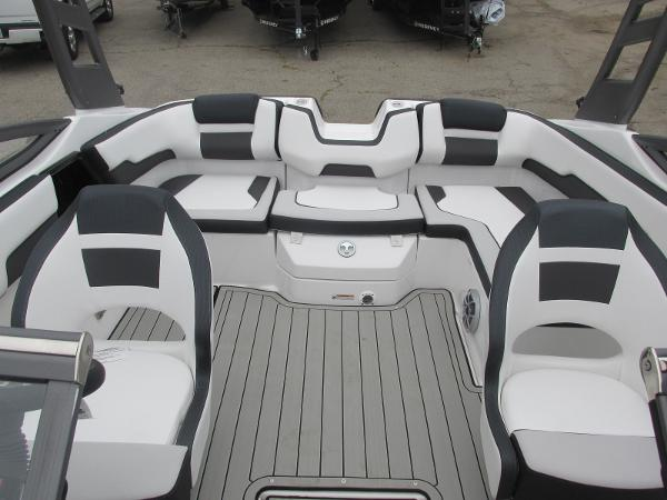 2020 Yamaha boat for sale, model of the boat is 195S & Image # 12 of 33