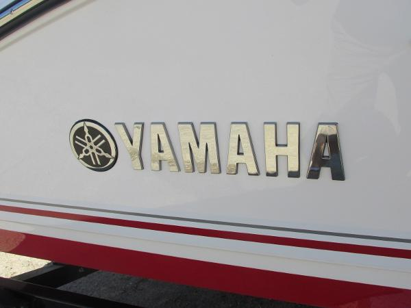2019 Yamaha boat for sale, model of the boat is 242 Limited S & Image # 35 of 36