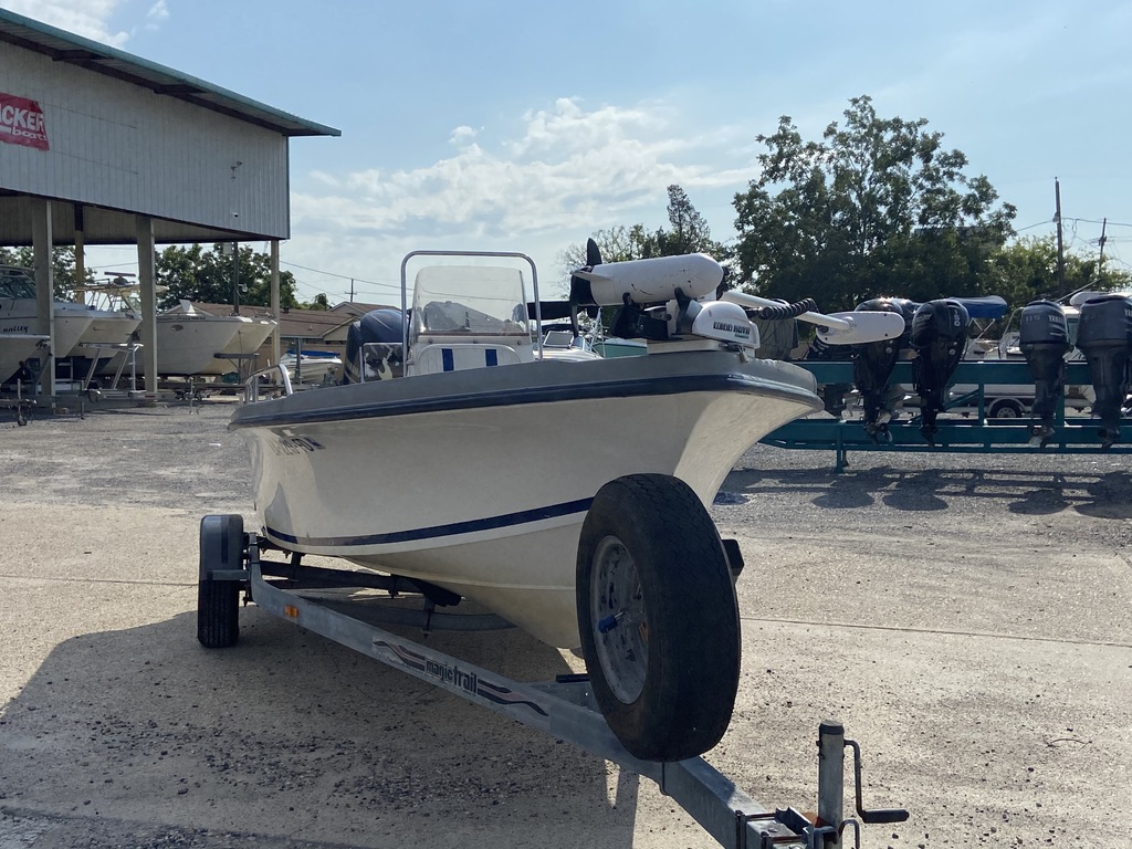 2001 Sea Fox boat for sale, model of the boat is 195 Bay Fisher & Image # 5 of 14