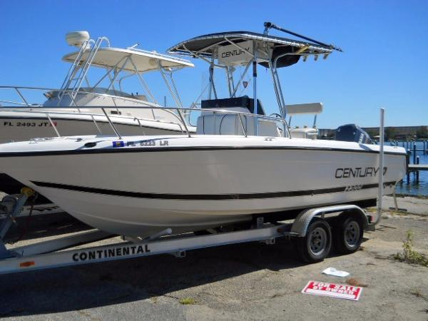 2001 CENTURY 2300 CENTER CONSOLE for sale