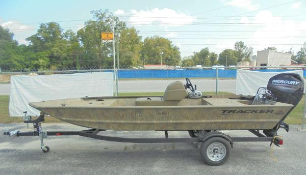 2020 Tracker Boats boat for sale, model of the boat is Grizzly 1648 SC & Image # 1 of 15