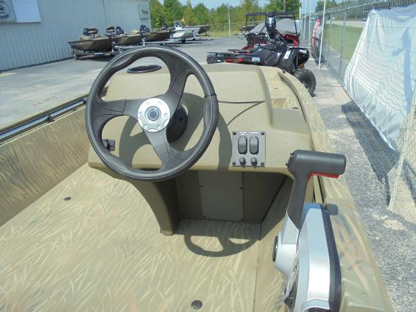 2020 Tracker Boats boat for sale, model of the boat is Grizzly 1648 SC & Image # 8 of 15