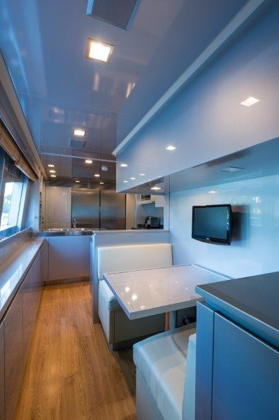 105 Azimut Galley