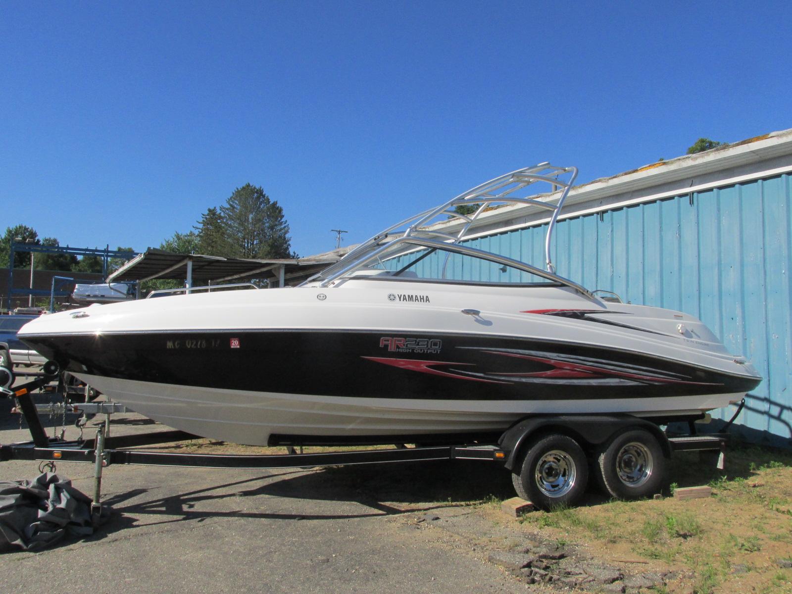 Yamaha BoatsAR230 HO