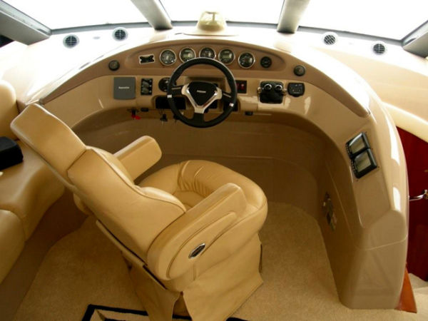 Lower Helm Seating
