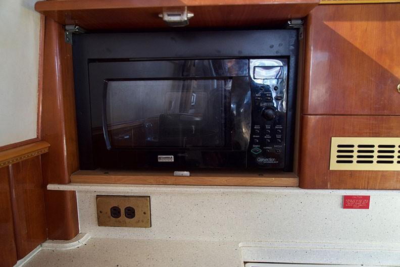 Viking 46 Princess - Kenmore microwave/convection oven