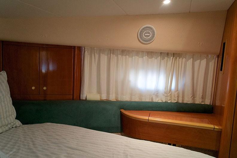 Viking 46 Princess - Master Stateroom 5