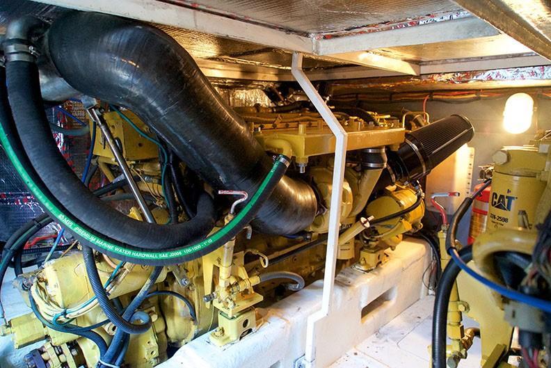 Viking 46 Princess - Engine Room 2