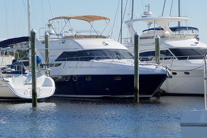 Viking 46 Princess - Starboard Bow