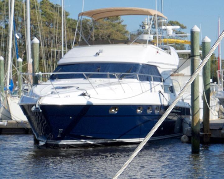 Viking 46 Princess - Port Bow