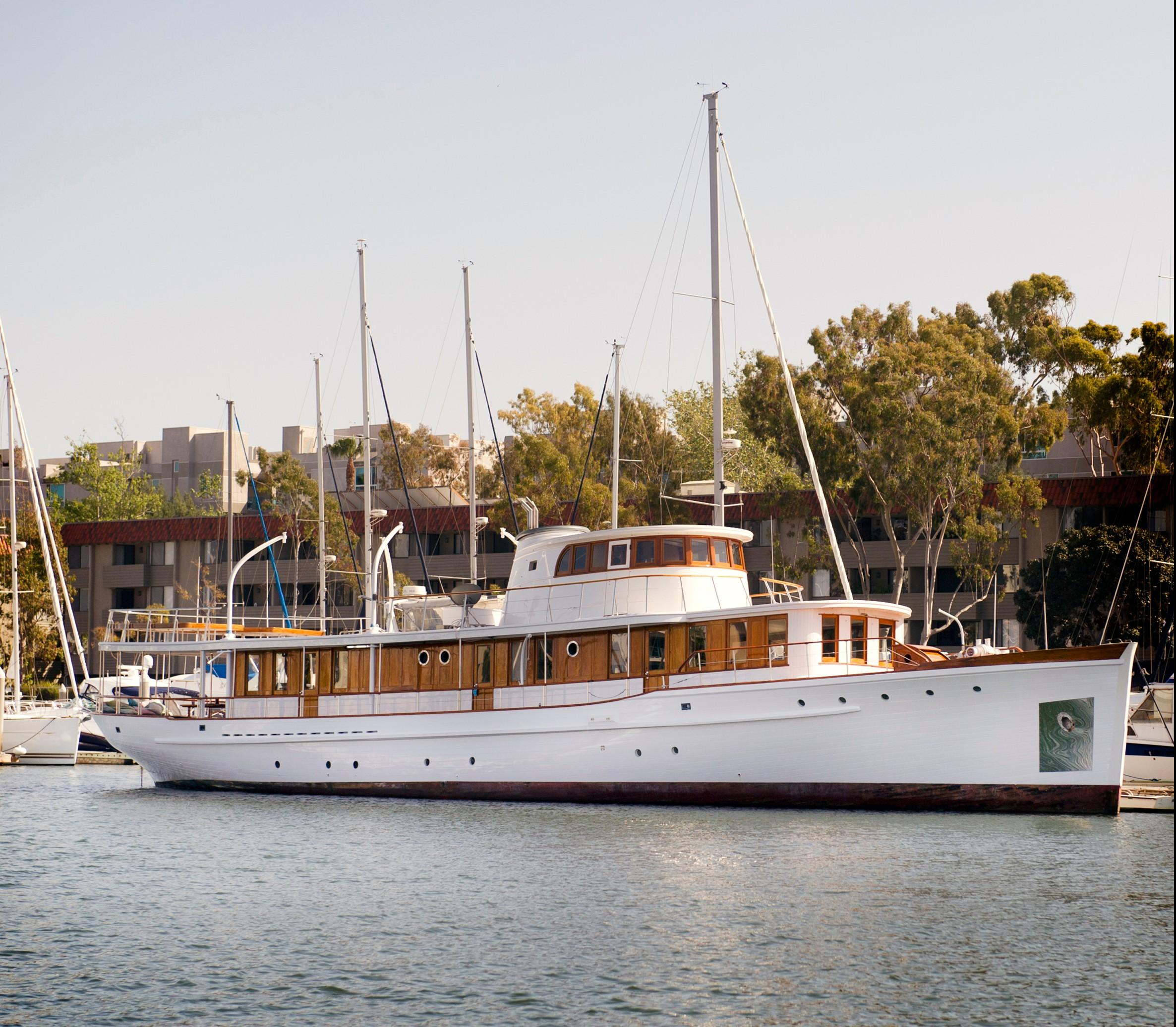 Classic Wilmington Boat Works Motor Yacht