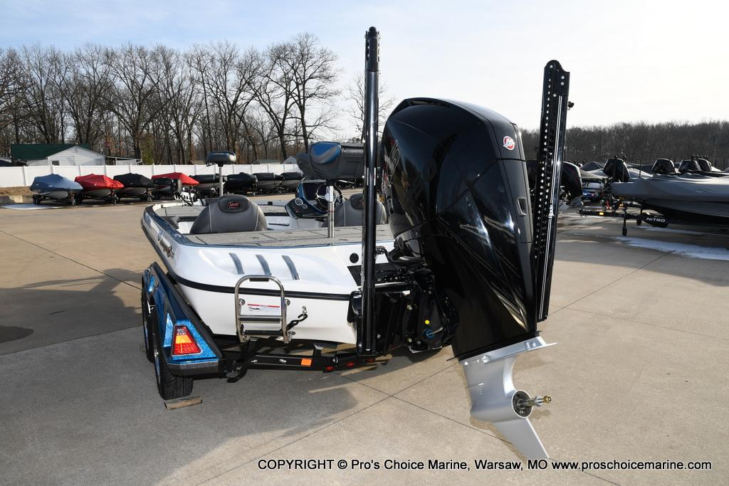 2020 Ranger Boats boat for sale, model of the boat is Z521C Ranger Cup Equipped & Image # 10 of 50