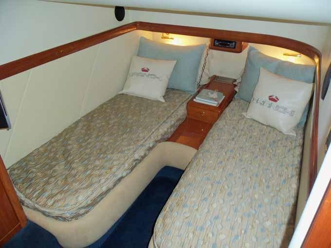 Starboard Guest Cabin Looking Aft