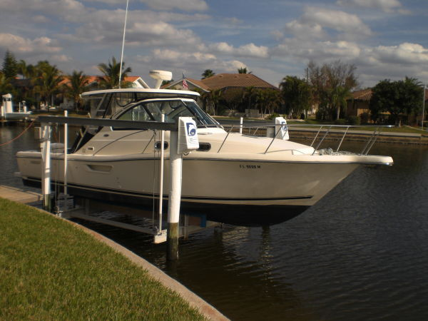 Pursuit 3100 Offshore Sports Fishing Boats. Listing Number: M-3439091