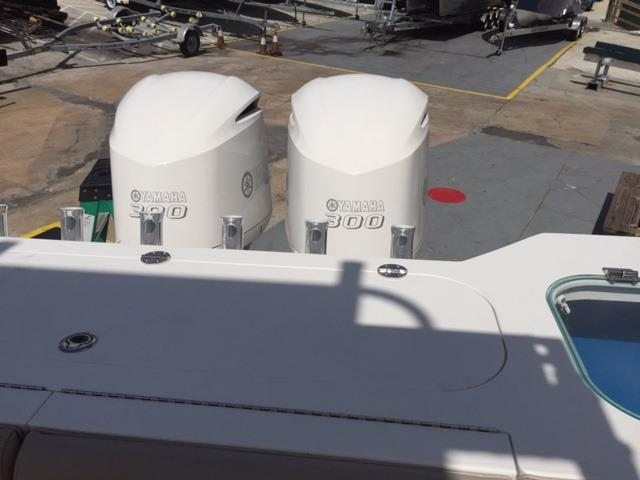 Folding Stern Seats With Collapsible Backrests, 81-gallon Insulated Transom Fishbox, Lighted Livewell With A Clear Lid And Walk-through Transom Gate