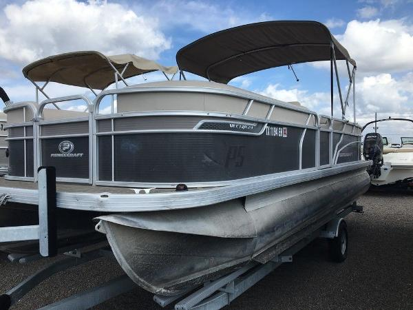 2018 Princecraft boat for sale, model of the boat is Vectra 23 & Image # 1 of 6