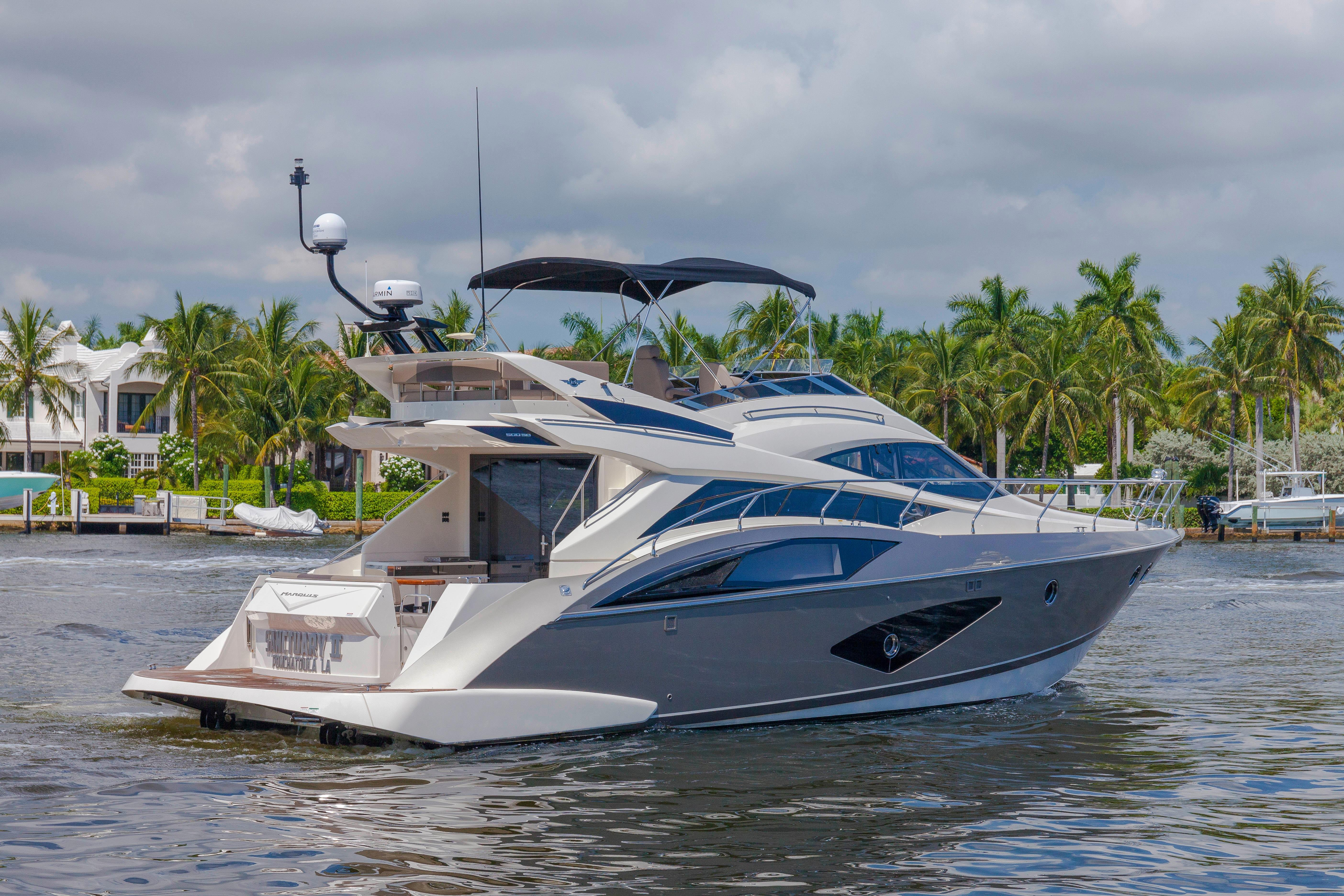 50 marquis 2015 ft lauderdale denison yacht sales for 50 ft motor yachts for sale