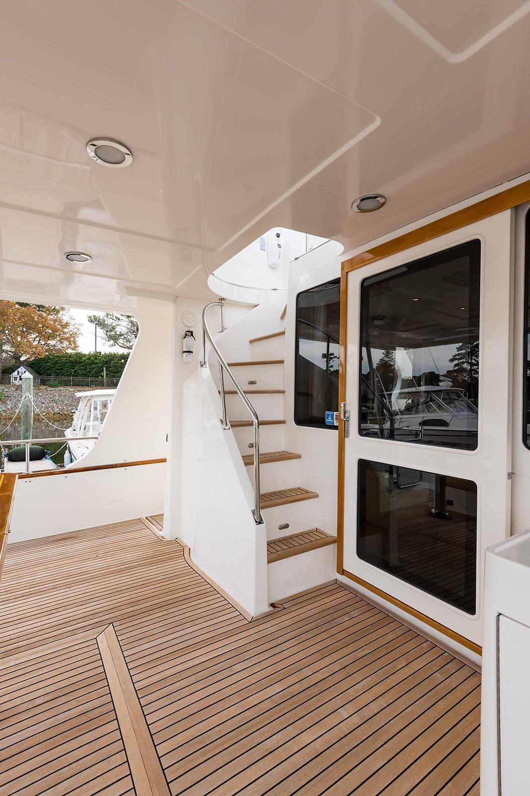 59 Grand Banks Aft Deck Stairs to FB