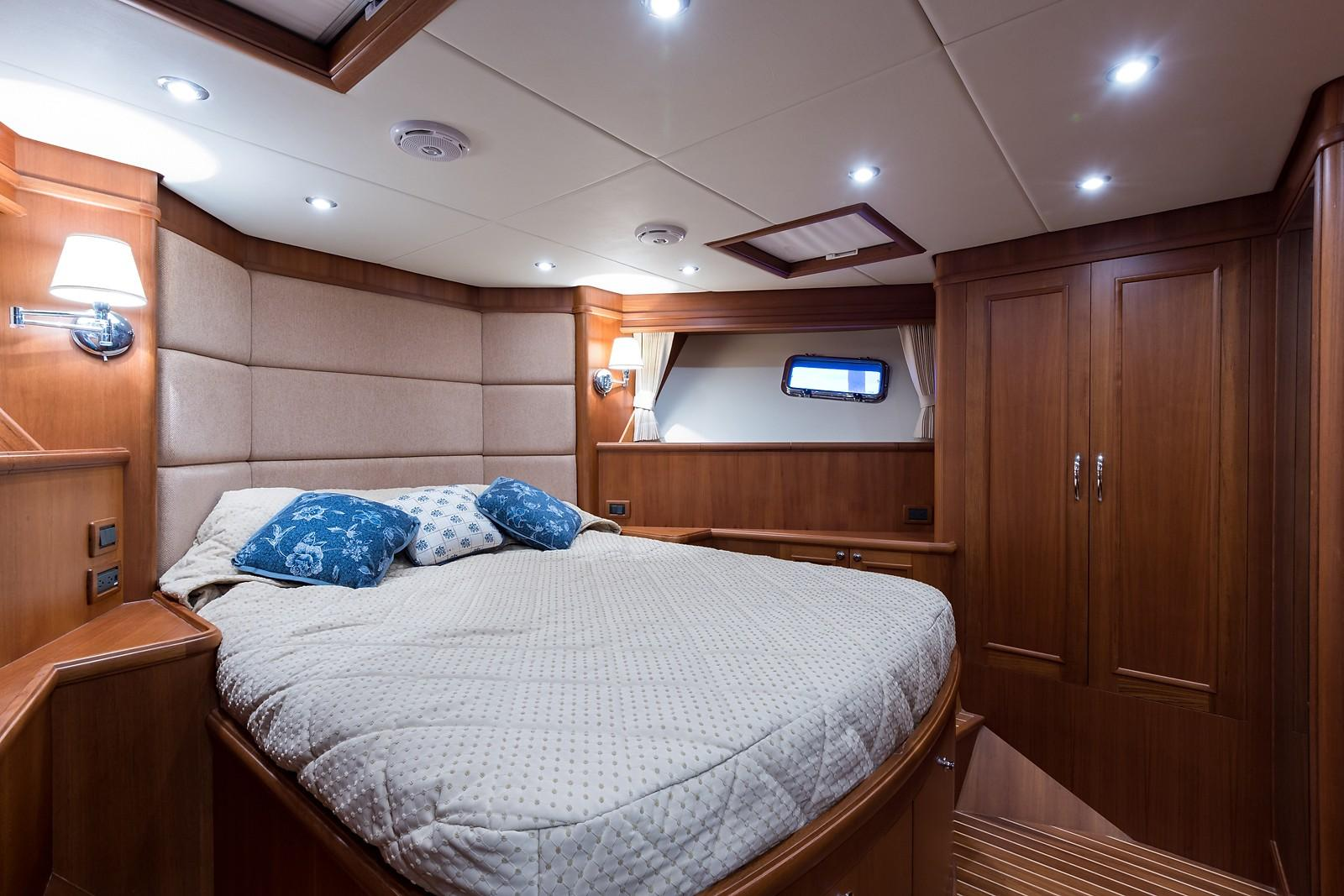 59 Grand Banks VIP Guest Stateroom, Forward