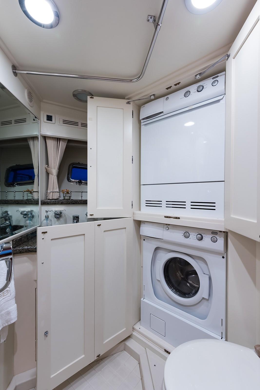 59 Grand Banks Laundry