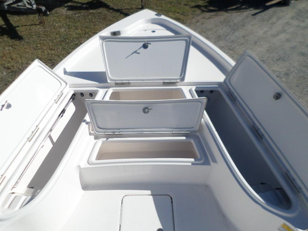 New  2018 24' Blue Wave 2400 SL Bay Boat in Slidell, Louisiana