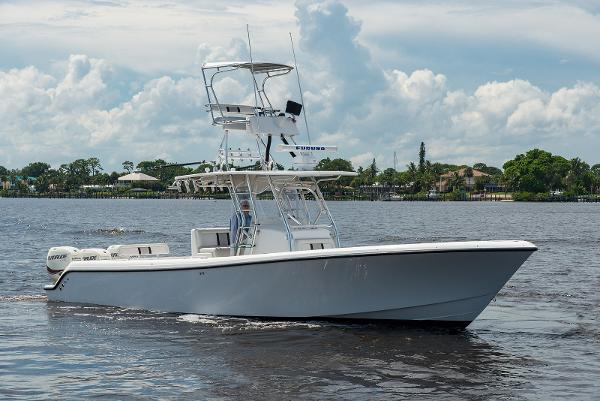 2009 35' Bluewater 355 E