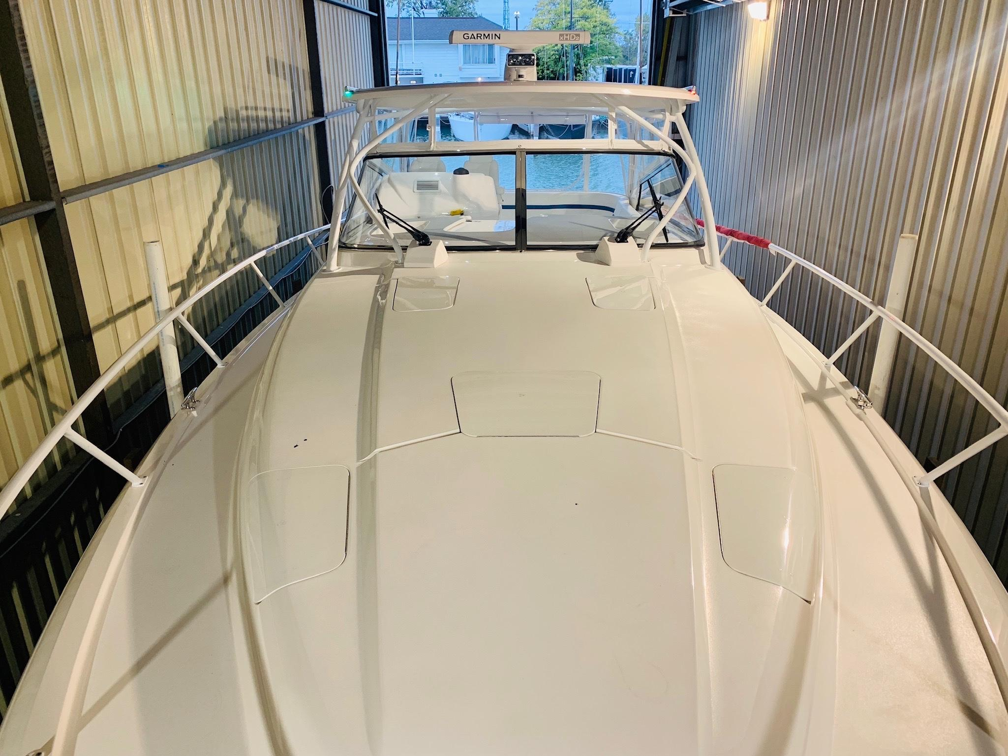 48 Intrepid Fore Deck
