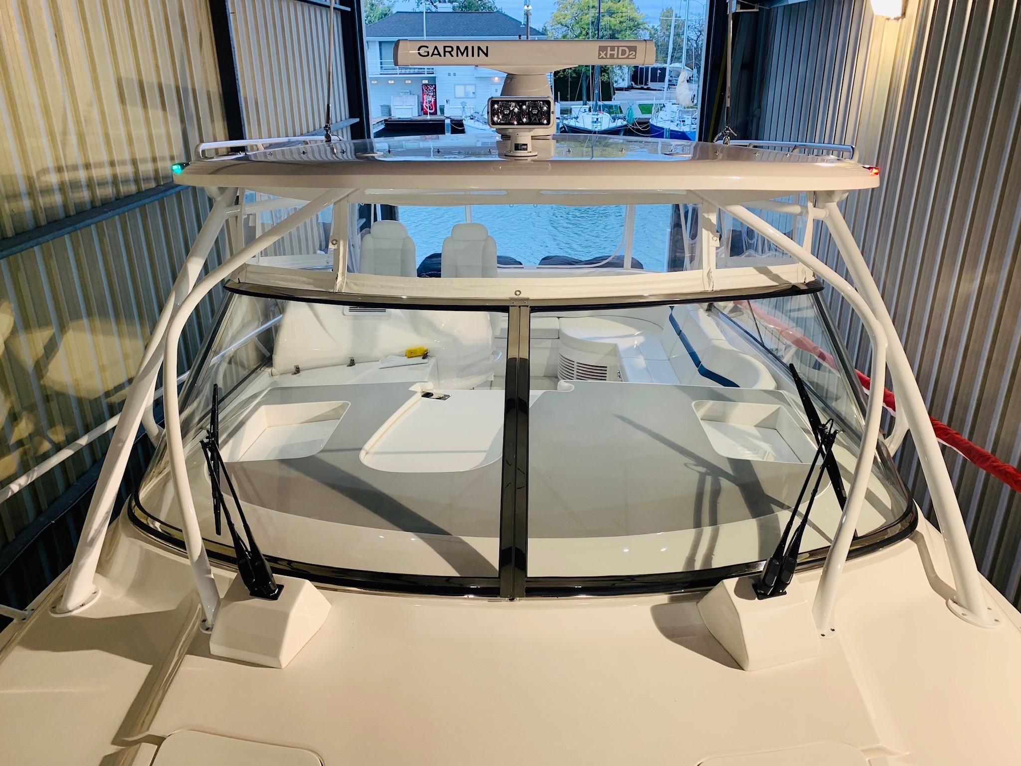 48 Intrepid Glass Windshield w/ Hard Top