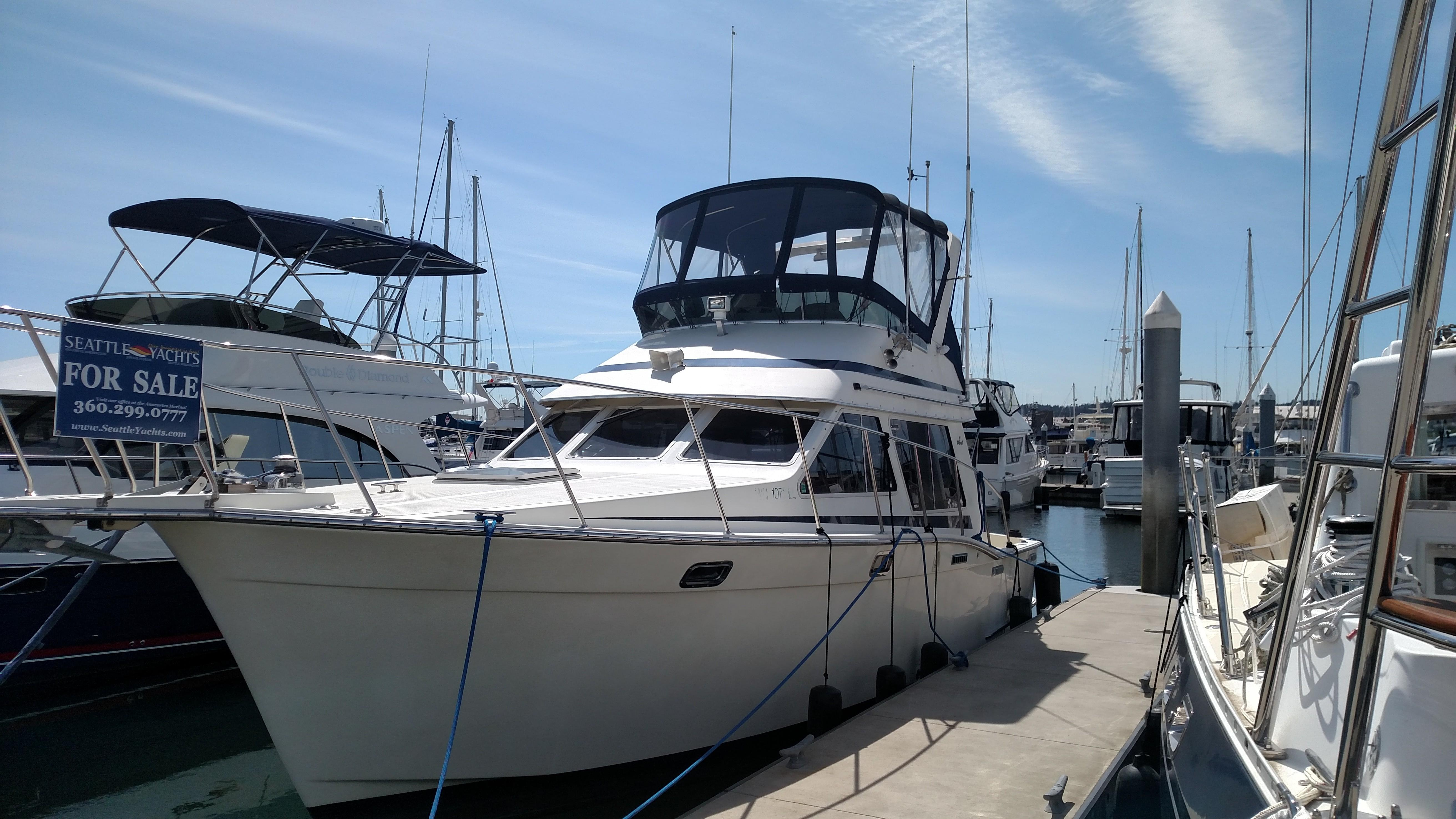 Picture Of:  34' Tollycraft 34 Sport Sedan 1989Yacht For Sale | 1