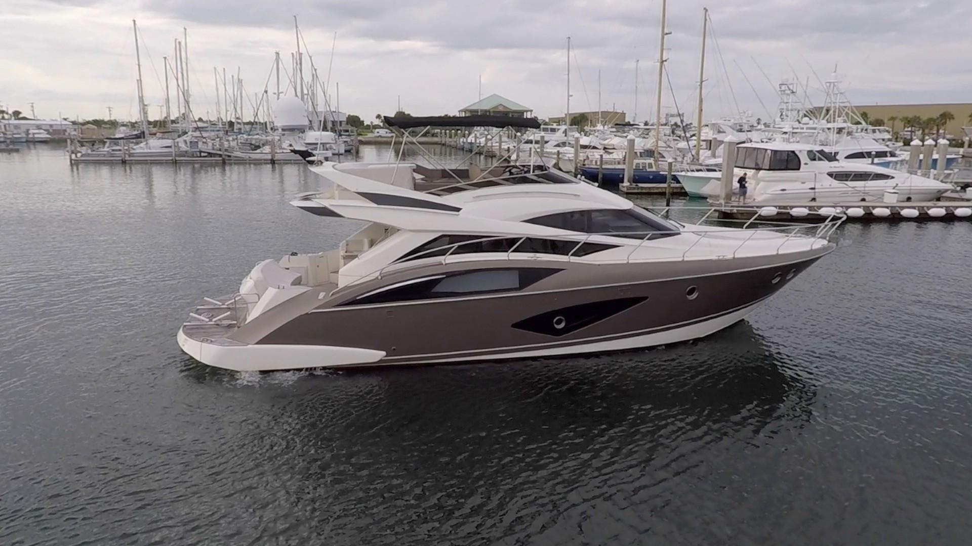 50 ft Marquis 500 Sport Yacht