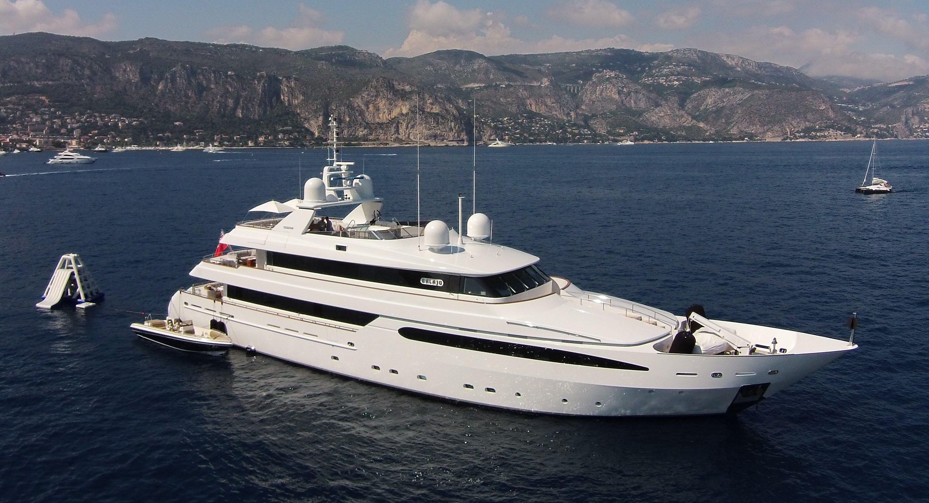 146 Intermarine 2002