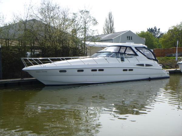 Sealine S48