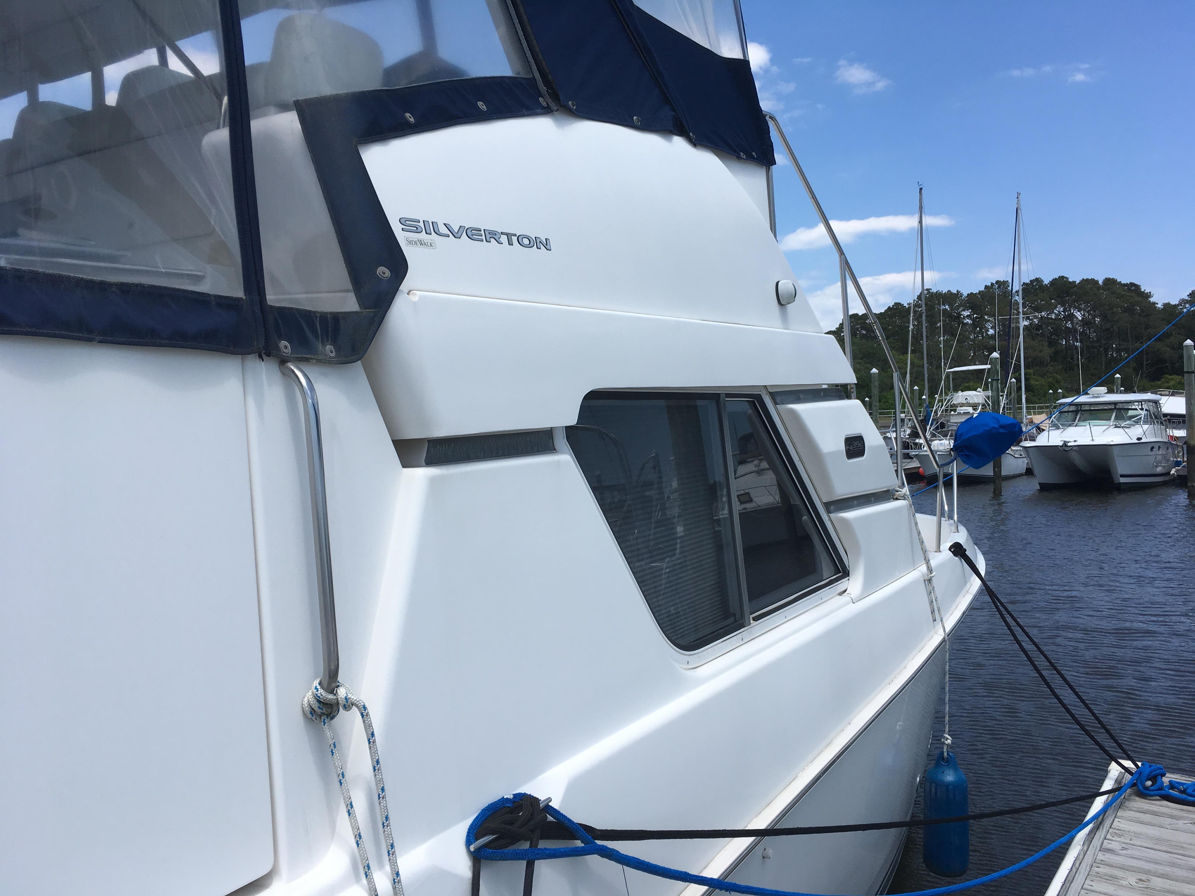 Silverton 392 Motor Yacht - Photo: #7