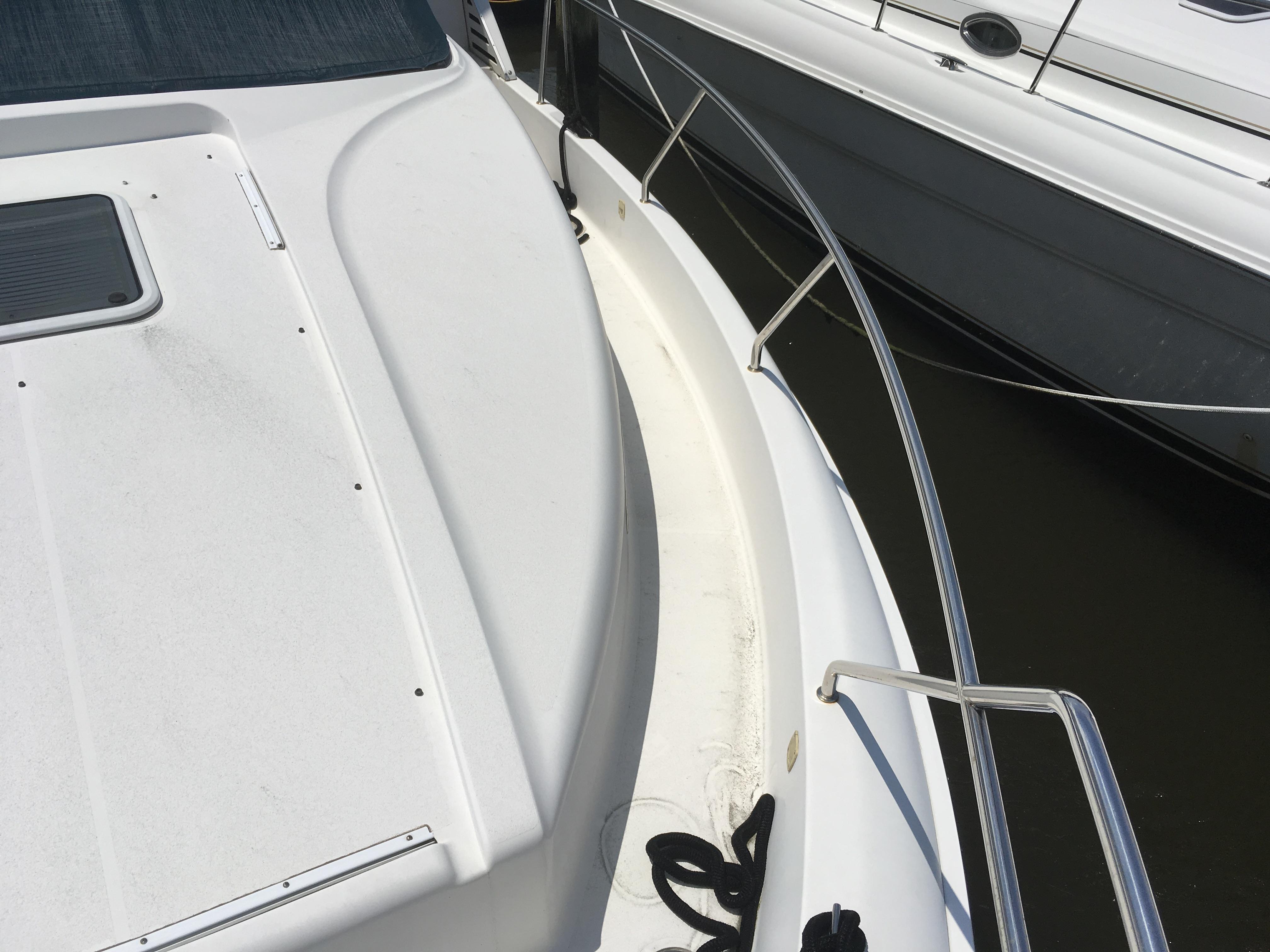 Silverton 392 Motor Yacht - Photo: #11