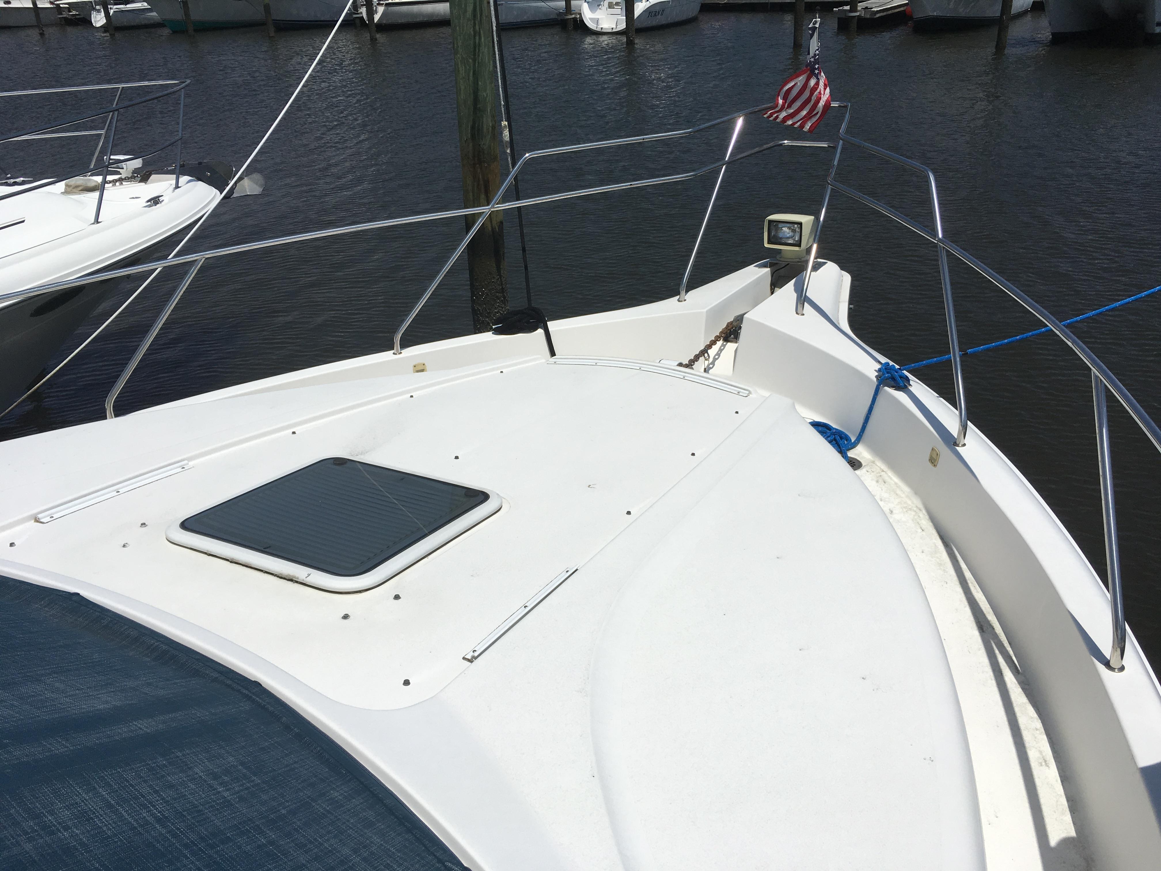 Silverton 392 Motor Yacht - Photo: #12