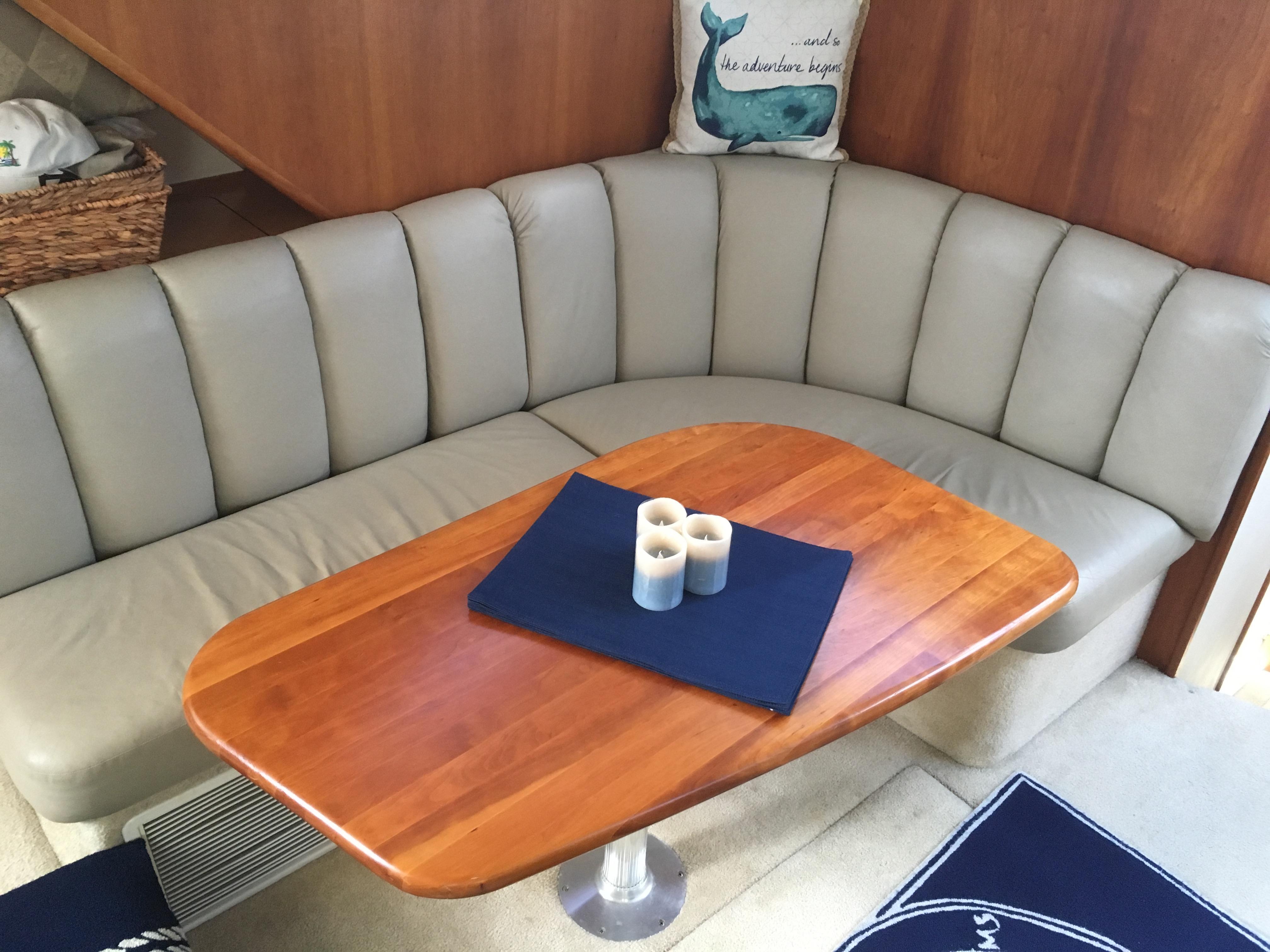 Silverton 392 Motor Yacht - Photo: #32