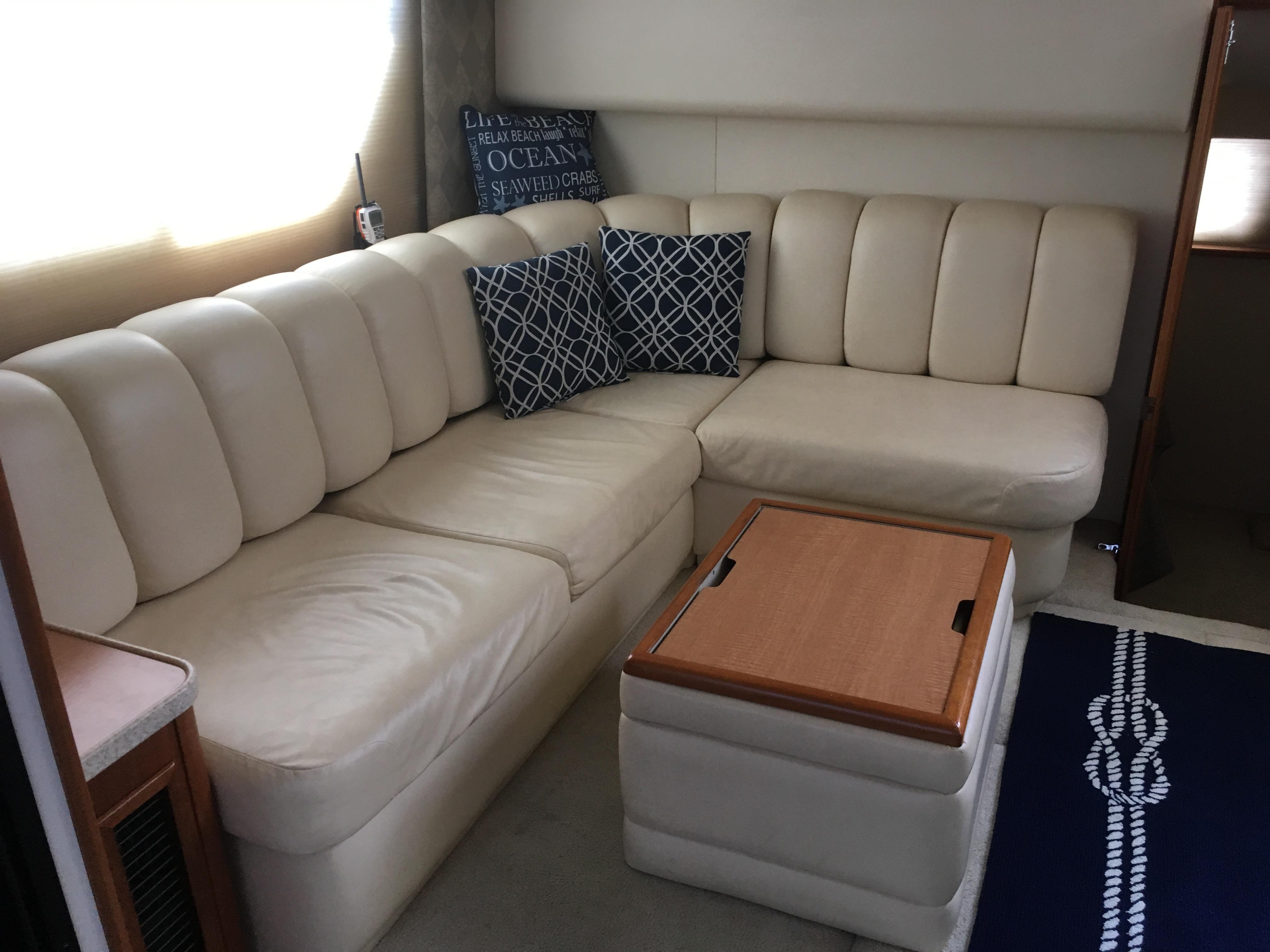 Silverton 392 Motor Yacht - Photo: #33
