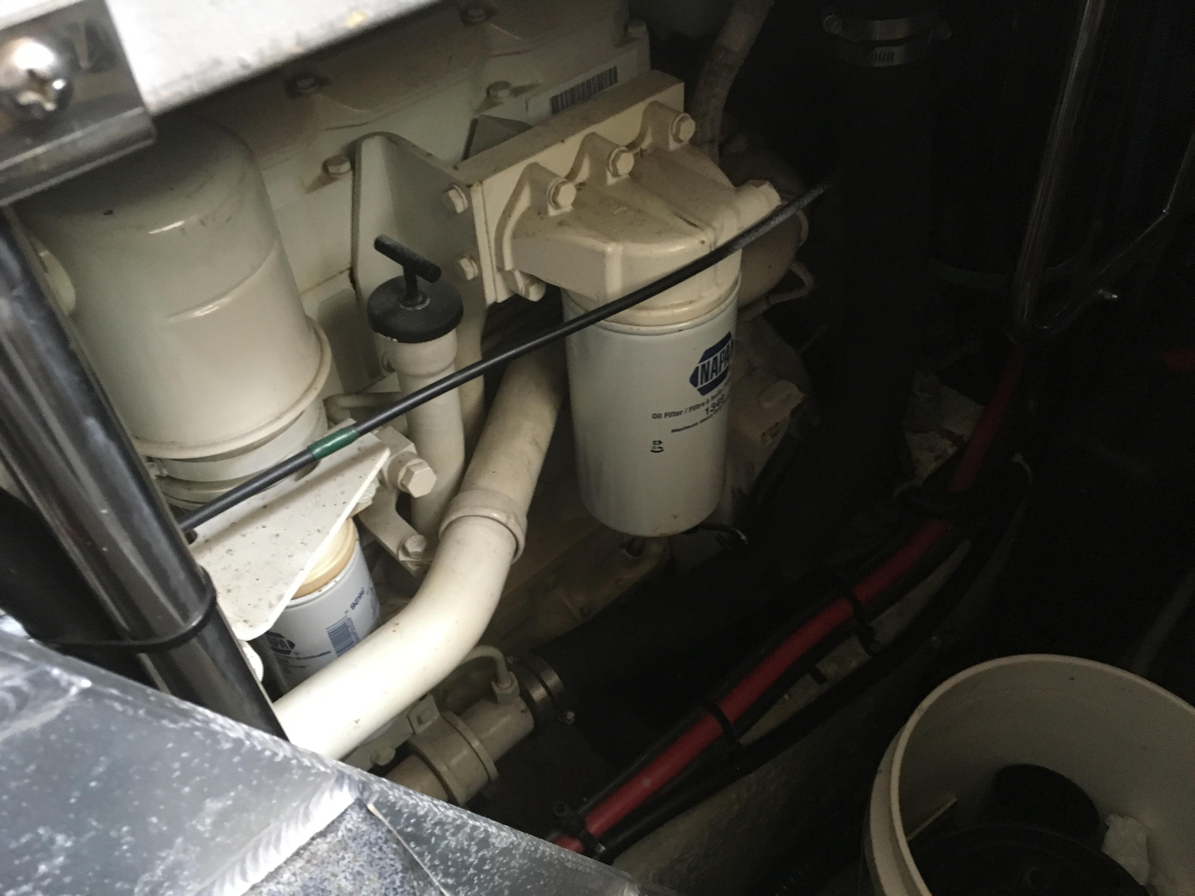 Silverton 392 Motor Yacht - Photo: #43