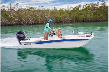2020 Mako boat for sale, model of the boat is Pro Skiff 17 CC & Image # 4 of 35