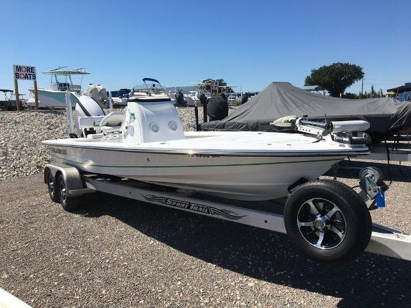 2017 Blazer boat for sale, model of the boat is 675 Ultimate Bay & Image # 10 of 12