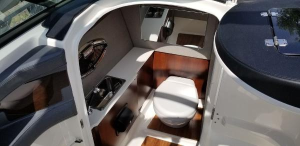2020 Chaparral boat for sale, model of the boat is 277 SSX & Image # 10 of 20