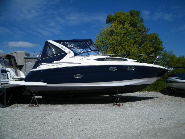 2010 Regal 3360 Express Cruiser For Sale
