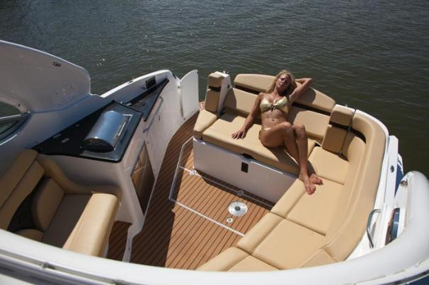 2013 Rinker boat for sale, model of the boat is 310 Express Cruiser & Image # 8 of 11