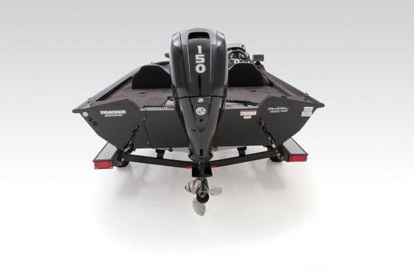 2020 Tracker Boats boat for sale, model of the boat is Pro Team™ 195 TXW & Image # 14 of 32