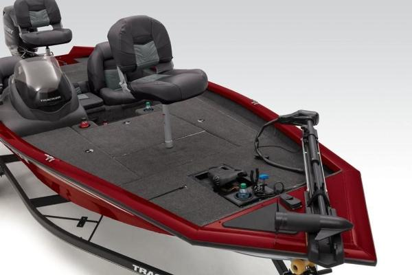 2020 Tracker Boats boat for sale, model of the boat is Pro Team 175 TXW® & Image # 2 of 28