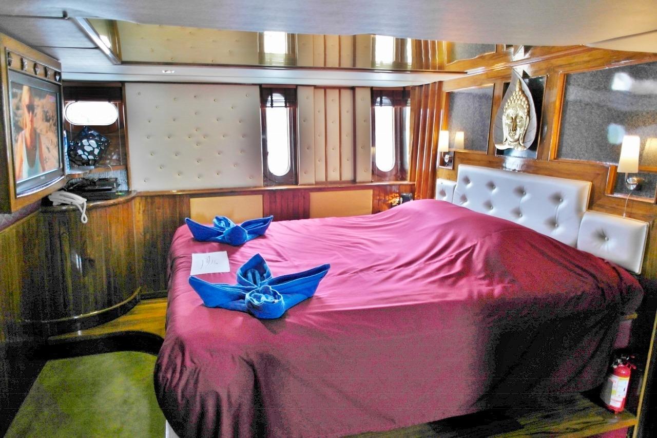 Full beam master cabin 1