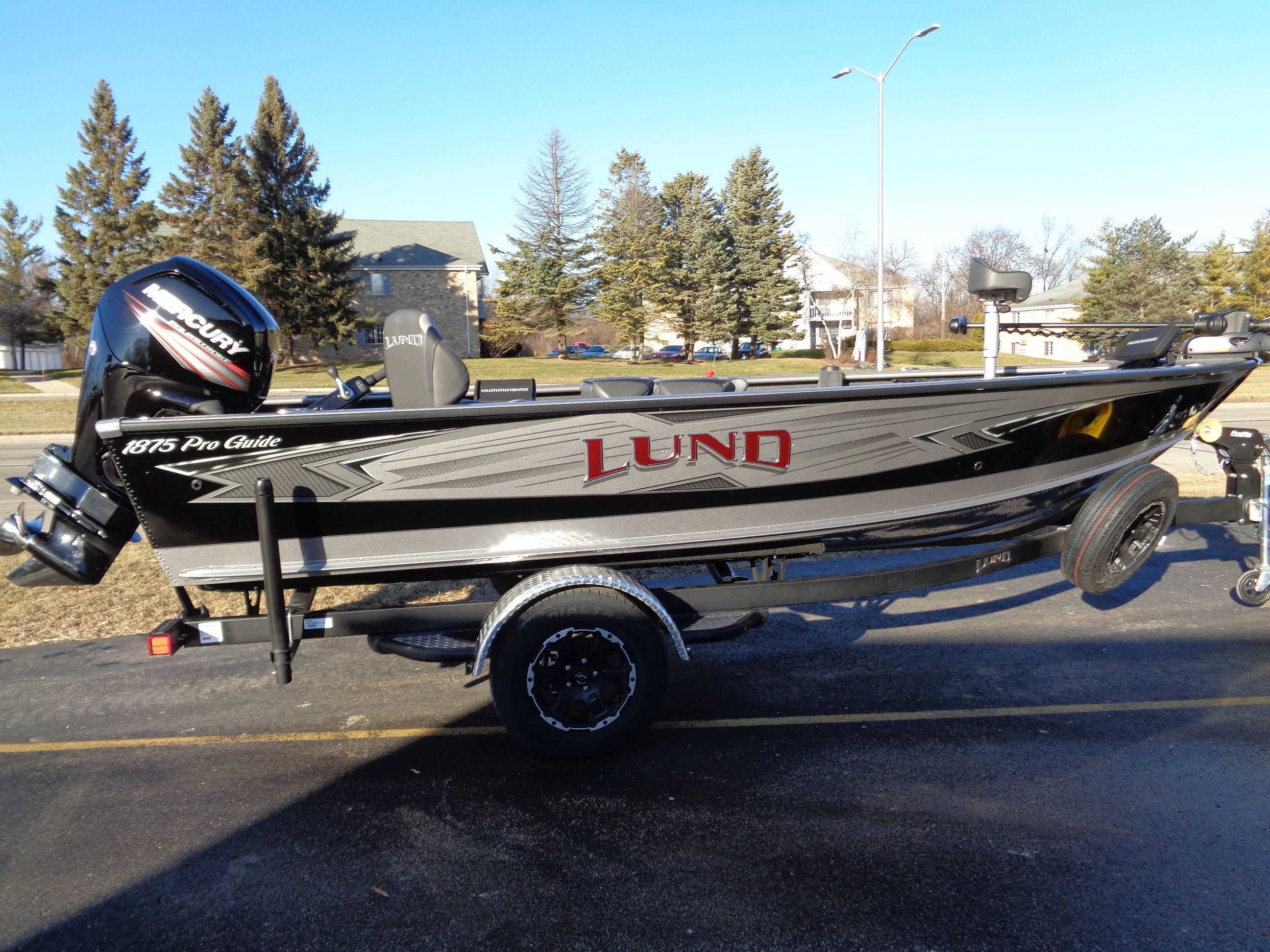 2019 Lund 1875 Pro Guide Hales Corners, Wisconsin - M-W Marine