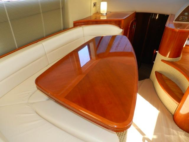 Viking Princess 61 Dinette